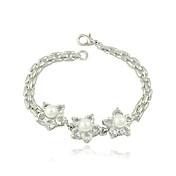 Exquisite Pearl-embedded Ladies' Rhinestone Bracelet In Electroplating Alloy