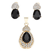 Loving Heart Black Onyx Fully-Jewelled Earring and Pendant Jewelry Set