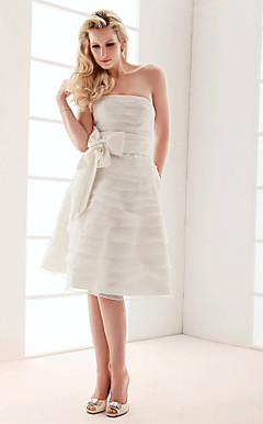 A-line Strapless Knee-length Wedding Dress