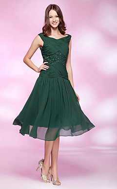 A-line Bateau Knee-length Chiffon Cocktail Dress