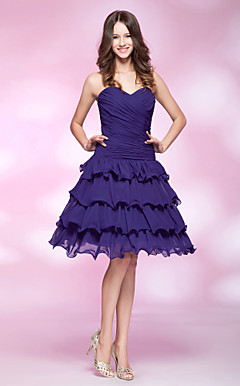 A-line Sweetheart Knee-length Tiered Chiffon Cocktail Dress