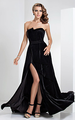 Sheath/Column Strapless Floor-length Velvet Evening Dress