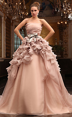 Ball Gown Strapless Chapel Train Tulle Satin Wedding Dress