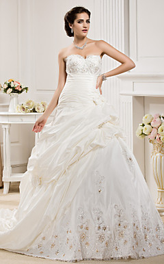 Ball Gown Sweetheart Corte dei treni Taffet abito da sposa
