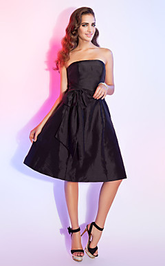 A-line Strapless Knee-length Taffeta Cocktail Dress With Bow