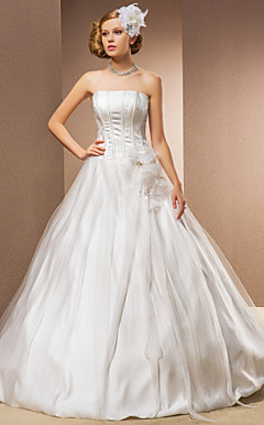 Ball Gown Strapless Floor-length Organza And Satin Wedding Dress
