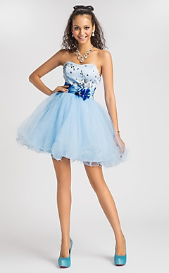 Ball Gown Sweetheart Short/Mini Tulle And Satin Cocktail Dress