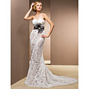 Trumpet/Mermaid Sweetheart Court Train Lace And Satin Wedding Dress
