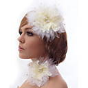 Beautiful Silk Screen With Rhinestone And Feathers Headdress Flower